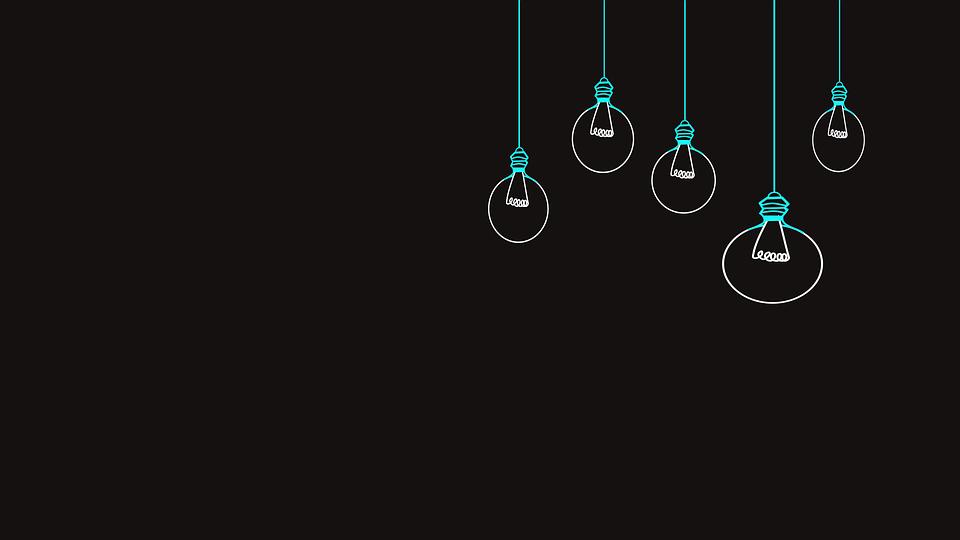 Šetříme elektřinou a mýty, kterým bohužel věříme a díky kterým elektřinou spíše plýtváme
