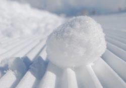 Dluhů vás zbaví technika sněhové koule